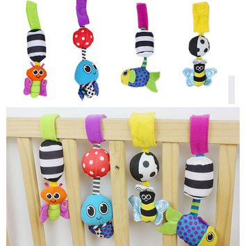2016 New Baby Toys Multifunctional Cartoon Animal Butterfly Bee Bed Bell Stroller Crib Hanging Rattles Bell Ring Educational Toy