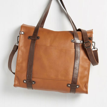 Camp Director Tote in Caramel | Mod Retro Vintage Bags | ModCloth.com