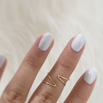 Brass Geometric Knuckle Ring, statement ring, triangle rings, skinny ring, geometric metal, minimalist jewelry, unique ring, hammered brass,