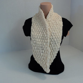 Handcrafted Wrap Cowl Cream Textured 100% Merino Wool Female Adult
