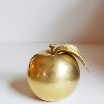 Vintage Brass Apple Brass Fruit Apple Paperweight Solid Brass Apple Brass manzana Brass Apfel Brass Pomme Teachers Gift