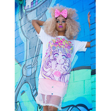 Miss Kika Moonlight Legend Tee