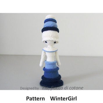 Pattern  WinterGirl  ,  miniature doll amigurumi crochet