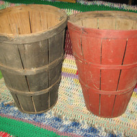 1    Vintage Tall Bushel PRIMITIVE Basket, 1950s , Shabby Chic Home Decor