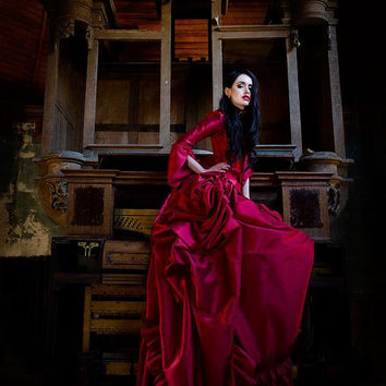 Mina Dracula Victorian Bustle Gown Wedding by RomanticThreads