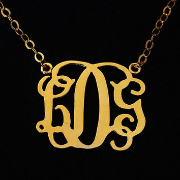 Personalized monogram necklace, monogram necklace for mom women 1 inch 3 initial , Monogram necklace, name monogrammed Monogram necklace