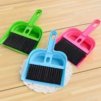 Durable And Cheap Mini Desktop Sweep Cleaning Brush Small Broom Dustpan Set Drop Shipping 420