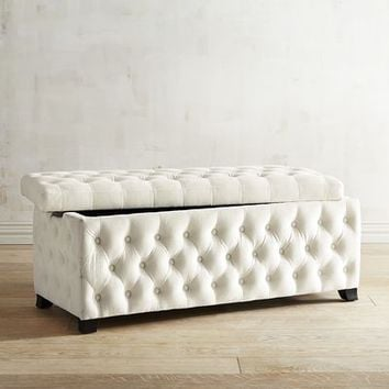 Splendor Tufted Storage Bench