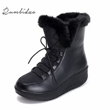 Rumbidzo 2017 New Women Boots Platform Wedge Snow Boots Ankle Bootie Lace up Faux Fur Woman Bootie Winter Bootie Sapatos