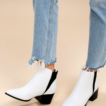Finn White Leather Pointed Toe Ankle Booties