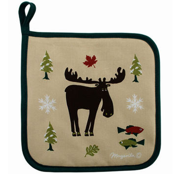Pot Holder with Whimsical Moose Outdoors Design
