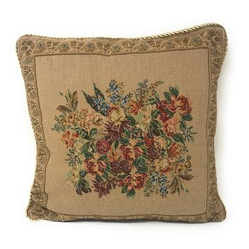 DaDa Bedding Wildflower Wonderland Floral Beige Vintage Square Cushion Cover - 1-Piece - 18""