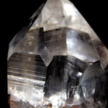 Super clear Quartz Point with Time Link and Starseed