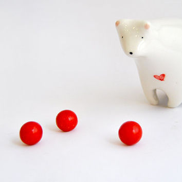 Ceramic Polar Bear Figurine, White Bear, Valentines Bear in White Clay  with Red Heart. Ready To Ship