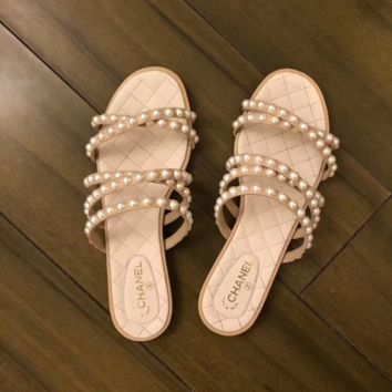 CHANEL Fashion Pearl Embroidery High heels