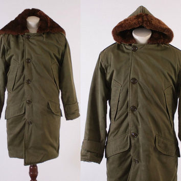 Vintage 50s B-9 PARKA / 1950s Korean War Era US Military Jacket Coat with Mouton Fur Lined Hood L
