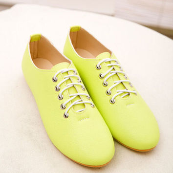 New arrival fashion high quality vintage women flat shoes pu leather lace up candy colored women flats women's spring shoes