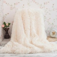 OB Super Soft Long Shaggy Fuzzy Fur Faux Fur Warm Elegant Cozy With Fluffy Sherpa Throw Blanket