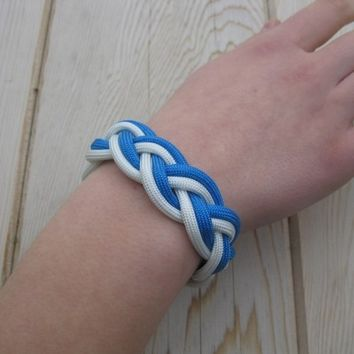 A Traditional Turks Head Sailor's Rope Bracelet - Double Braid, Blue and White, Your Choice Size