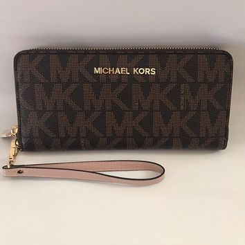 NWT Michael Kors Brown PVC MK Signature Jet Set Zip Around Wristlet Wallet