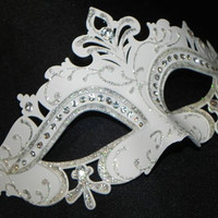 White and Silver Capri Mask