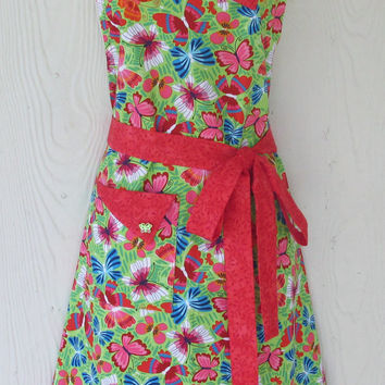 Butterfly Apron / Red and Green / Womens Full Apron / Retro Style / Vintage Inspired