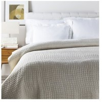 Alba Solid Ivory White Quilt