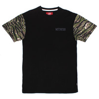 Camo Sleeves T-Shirt Black / Tiger Camo