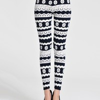 Casual Black White Striped Printed Mid-Rise Legging