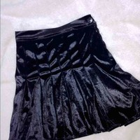 SWEET LORD O'MIGHTY! VELVET TENNIS SKIRT IN BLACK