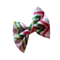 Cute girls chevron hair bow - small fabric hair bows - toddler accessories - trendy back to school gear - pink green white zig zag