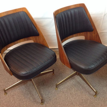 Mid Century B. Brody Danish Walnut Bentwood Barrel Swivel Chairs 1 Complete Set