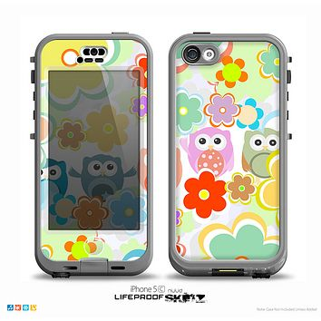 The Fun-Colored Cartoon Owls Skin for the iPhone 5c nüüd LifeProof Case