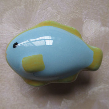 Fish Cabinet Knobs / Kids Dresser Knobs / Childrens Drawer Knobs / Nautical Furniture Hardware Blue Yellow Green / Baby Boys Girls Ceramic