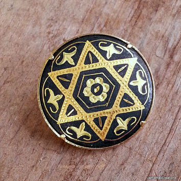 Vintage Damascene Star Brooch Pin - Star of David Damascene Pin - Spanish Damascene Brooch - Black and Gold with Original Trombone Closure