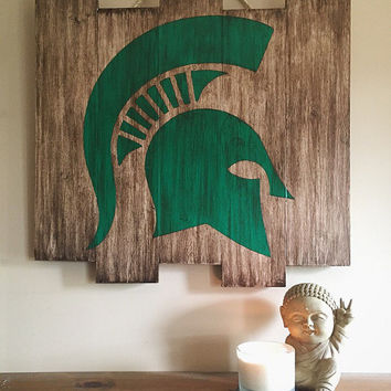 Michigan State Spartans Wooden Stained Flag; Hand Painted; Football Decor; Mancave; Wood Sign; Wall Art; Sports Memorabilia; Rustic Distress