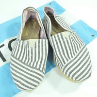 TOMS University Striped Espadrilles LIKE NEW 7