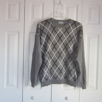 Mens Cotton Sweater, Vintage Grey Sweater, Crew Neck, Mens XL. Grey Black White, Pullover Sweater, Criss Cross Argyle, Lord and Taylor