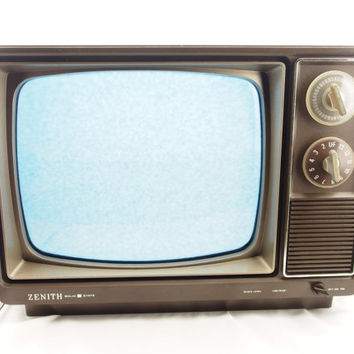 Vintage Zenith Black and White Solid State TV Model N120C