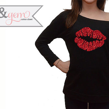 Valentine's Day Shirt // Lip Silhouette Shirts // Cute Valentine's Day Shirt // Lip Shirt // Valentine's Day Gift for Her // Valentine's Day