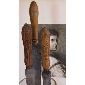 Antique Bread Knives/ English Bread Knives/ Farmhouse Kitchen/ Kitchen Tools