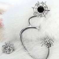 SPIDER EAR CUFF  & STUD EARRING ~ EEK!