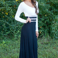 Black And White Long Sleeve Maxi Dress