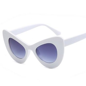 Summer Colors Cat Frame Eyes Sunglasses Outdoor Casual Anti-UV Glasses For Women