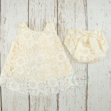 lace baby outfit, christening outfit, baptism outfit, cream lace baby outfit, lace baby dress, baby dress, bloomer, lace girl dress, baby