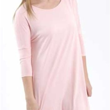 Gliks - Reborn J T-Shirt Dress with Three Quarter Length Sleeves in Peach