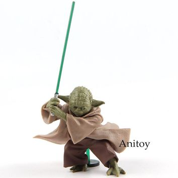Star Wars Jedi Yoda with Lightsaber 6cm