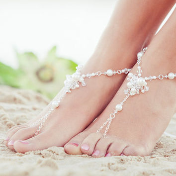 Barefoot sandals, soleless sandals, barefoot shoes, footless sandals, beaded foot jewelry for beach wedding. JESSICA White Small