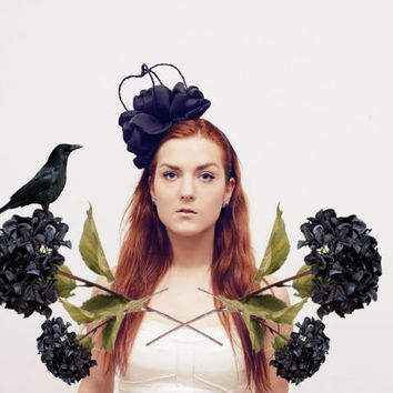 RAVEN - black majestic floral crown