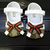 Infant Girl's Gucci Crib Shoes